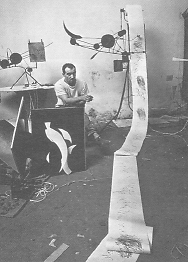 Fig. 12 Jean Tinguely. Méta-matic nº 12 (le Grand Charles). 1959. Hierro, motor eléctrico y papel.