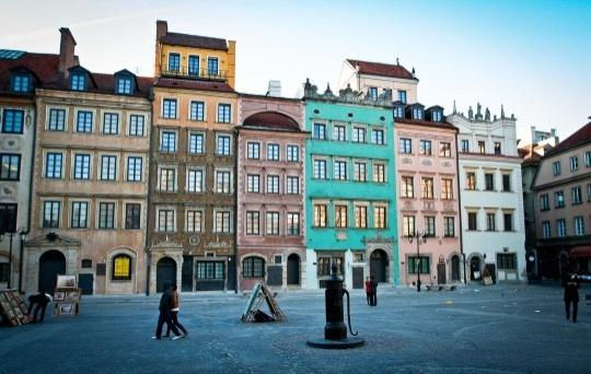 Warsaw Match the pictures with the subtitled names of places they present Tell your friend about the places you