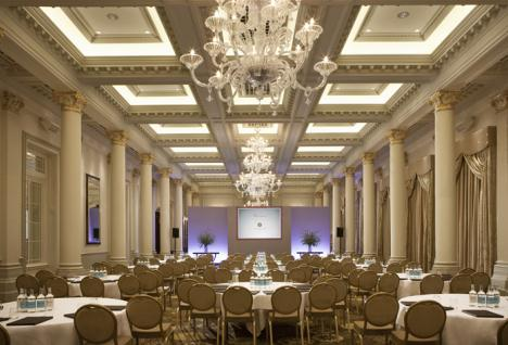 SEDE DE LAS JORNADAS The Langham London 1C Portland Place, Regent Street, London, GB W1B 1JA Tlfno.: (44) 20 7636 1000 Fax: (44) 20 7323 2340 E-mail: tllon.info@langhamhotels.com www.langhamhotels.com / london.