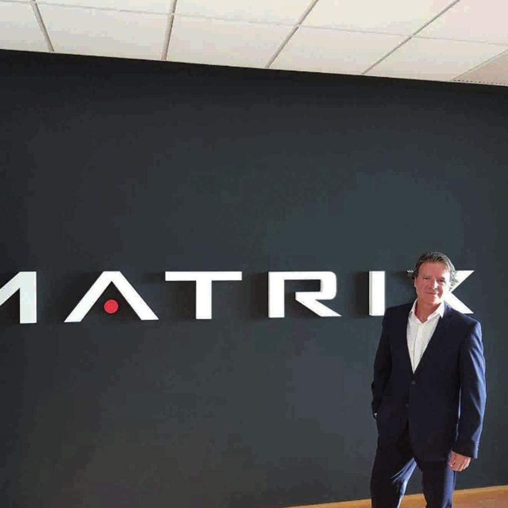Deporcam 34_DEPORCAM 25/09/17 12:51 Página 26 TONY GUALLAR NUEVO DIRECTOR COMERCIAL DE MATRIX Johnson Health Tech.