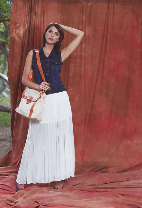 MAXI SKIRT TABLEADA CON TRANSPARENCIA HUESO