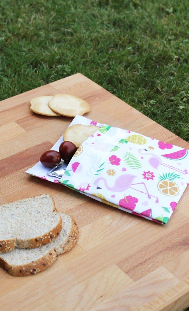 gel enfriador extraíble Includes a removable gel Picnic: Sandwich - Frutos secos